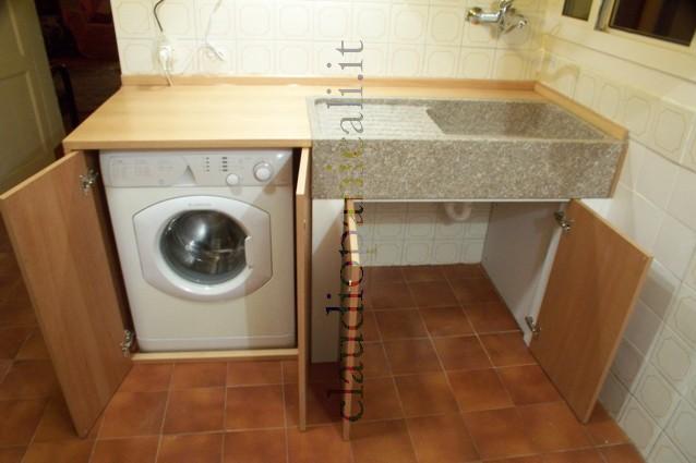 Mobile cucina a credenza e mobile televisore dispensa con - Lavatrice cucina ...