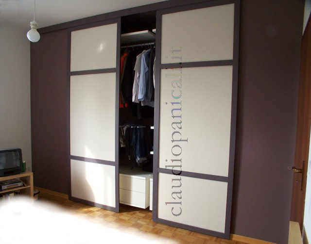 Casa moderna roma italy armadio porte scorrevoli - Armadio con porte scorrevoli ...