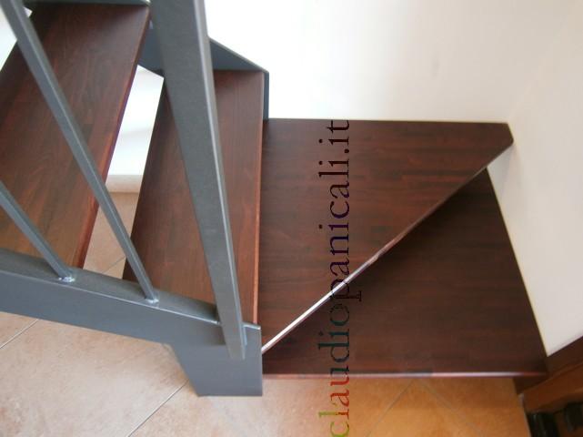 Come Realizzare Un Soppalco In Casa : Scala su misura in legno per soppalco e ferro